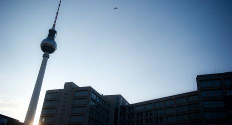 Der Fernsehturm am Alexanderplatz (dpa).